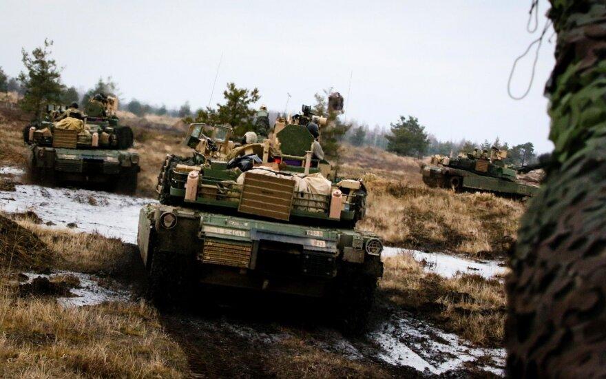 Американцы привезли на учения в Литву танки и БМП