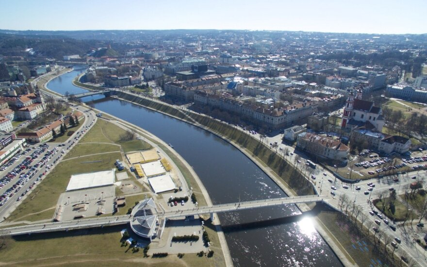 Остановились работы у Белого моста в столице: обновление этого пространства может затянуться