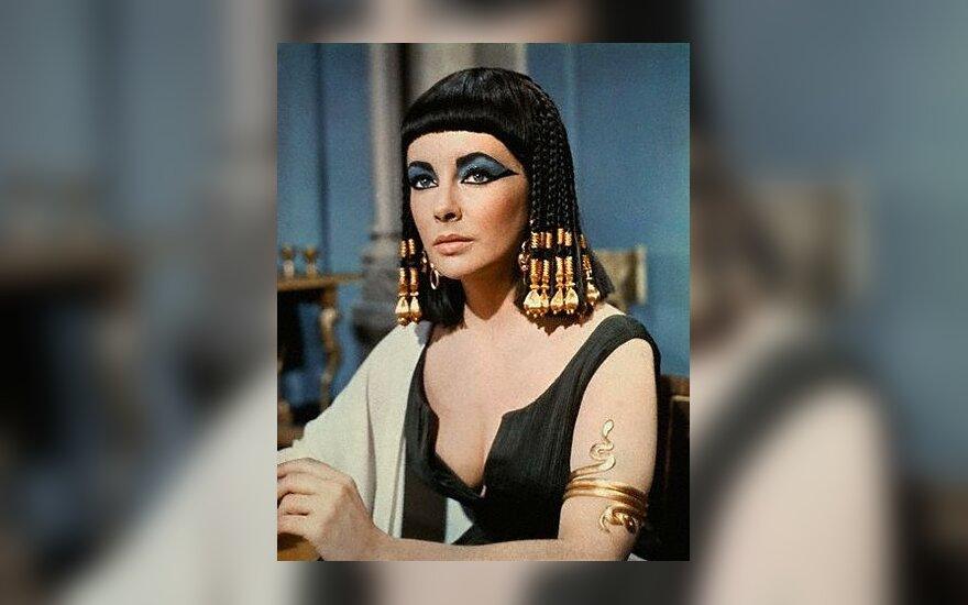 Раскопки помогут найти могилу Клеопатры