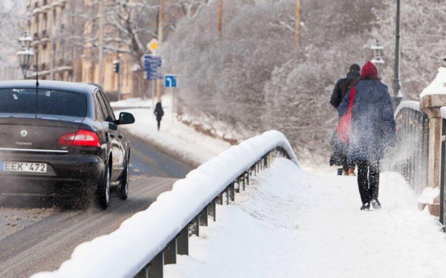 Условия движения на дорогах осложняет туман