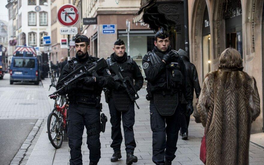 """Стрелок в Страсбурге поклялся в верности """"Исламскому государству"""""""