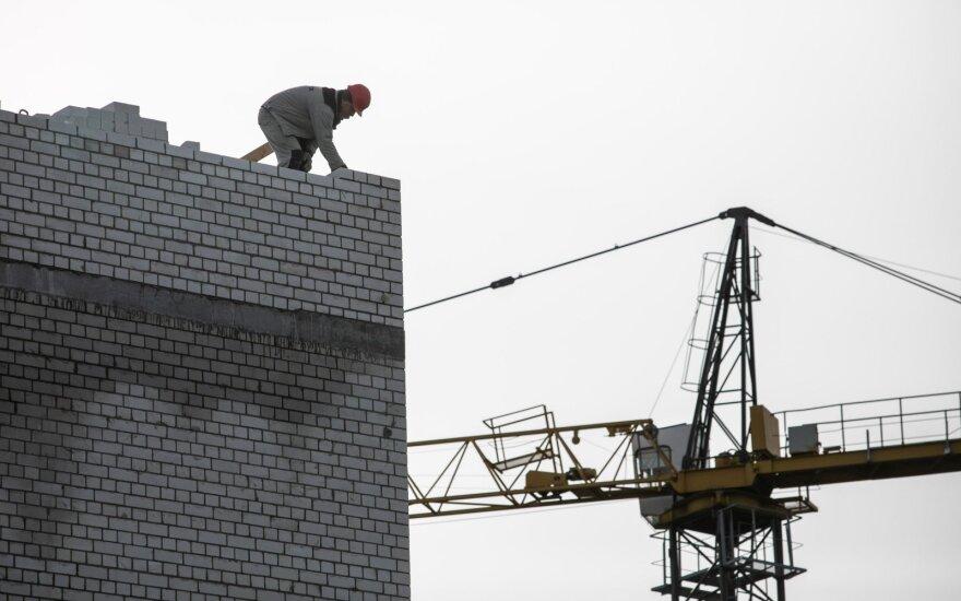 Уровень безработицы в Литве рекордный, а работать некому