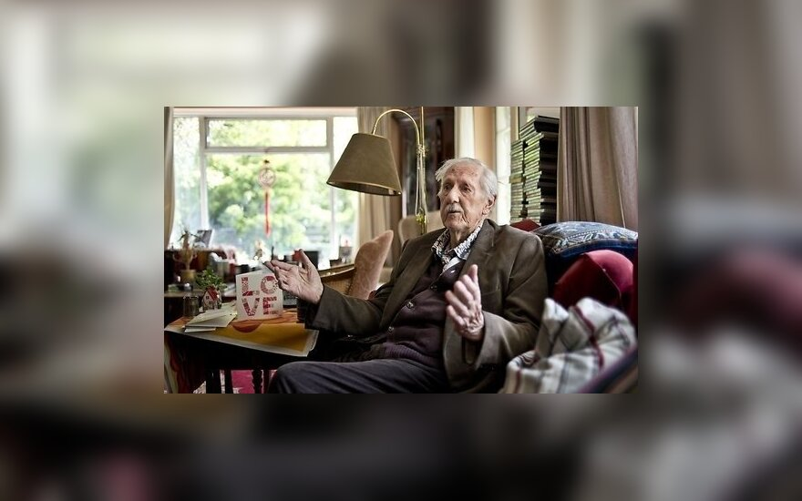 Ушел из жизни британский писатель-фантаст Брайан Олдисс