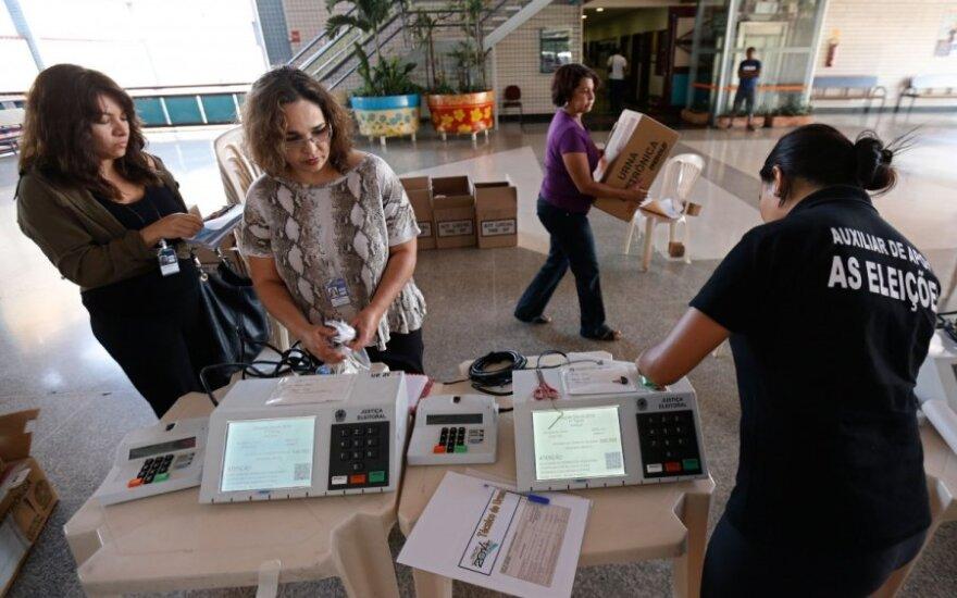 Бразилия выберет президента и парламент с помощью электронного голосования