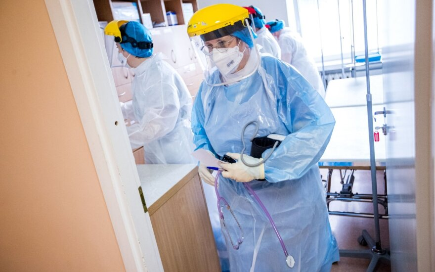 Врачи опасаются, что вторая волна коронавируса наступит раньше: неизвестно, сколько учреждений будет работать