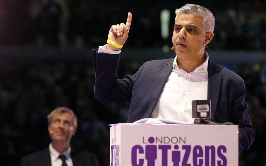 Мэр Лондона запрещает рекламу фастфуда в транспорте, чтобы спасти детей от ожирения