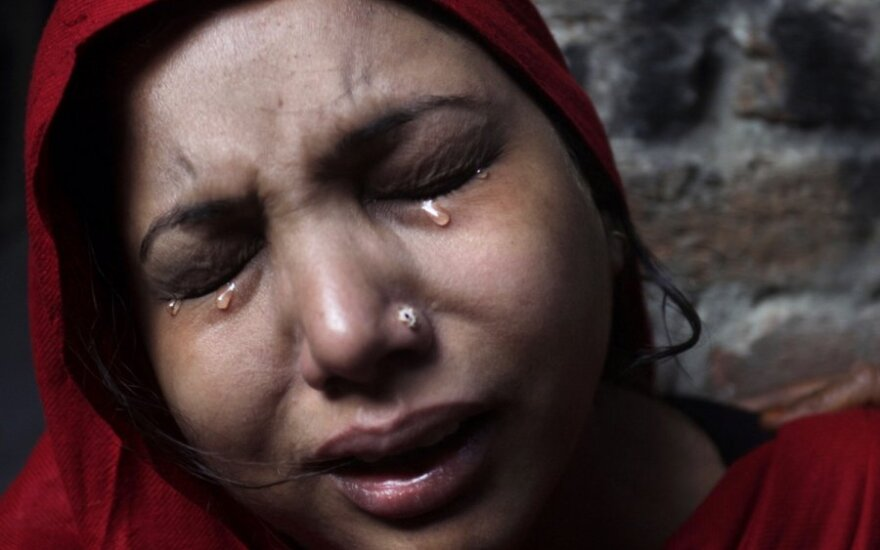 В Пакистане при взрыве газа в автобусе погибли 16 детей
