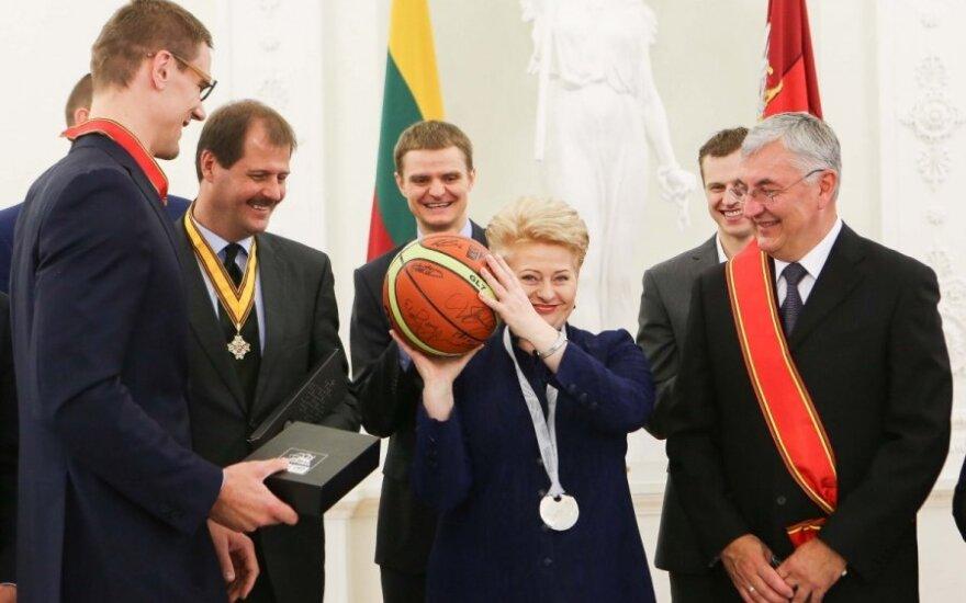 Грибаускайте наградила литовскую сборную орденами