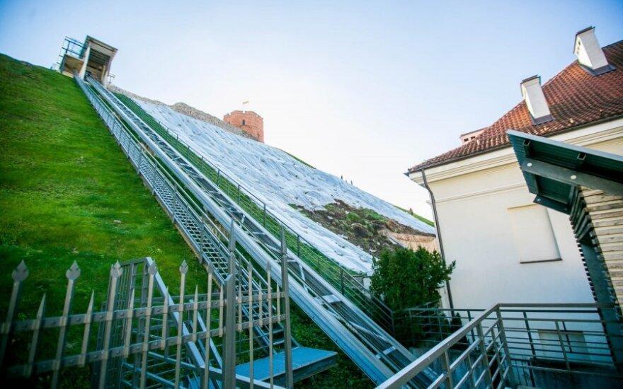 Премьер-министр Литвы с министрами проверят ход работ на горе Гедиминаса
