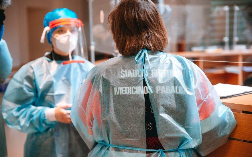 Ситуация в Шяуляйском регионе непростая: коронавирус установили и у беременной и у недавно родившей женщины