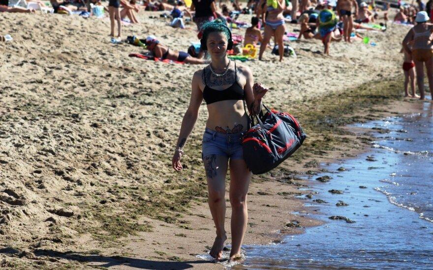 На некоторых литовских пляжах отдыхающих ждет неприятный сюрприз
