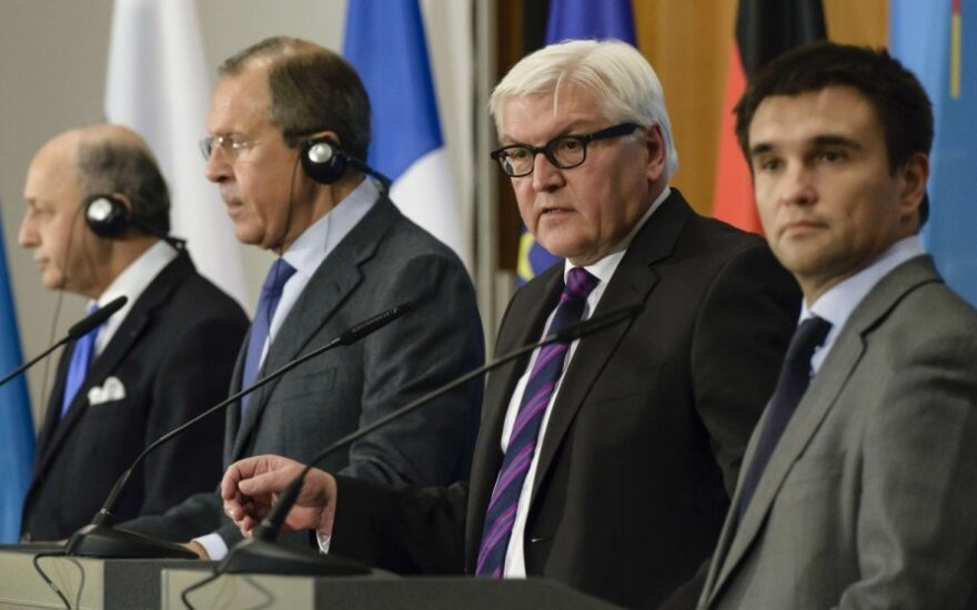 Laurentas Fabiusas, Sergejus Lavrovas,Frankas-Walteris Steinmeieris, Pavlo Klimkinas
