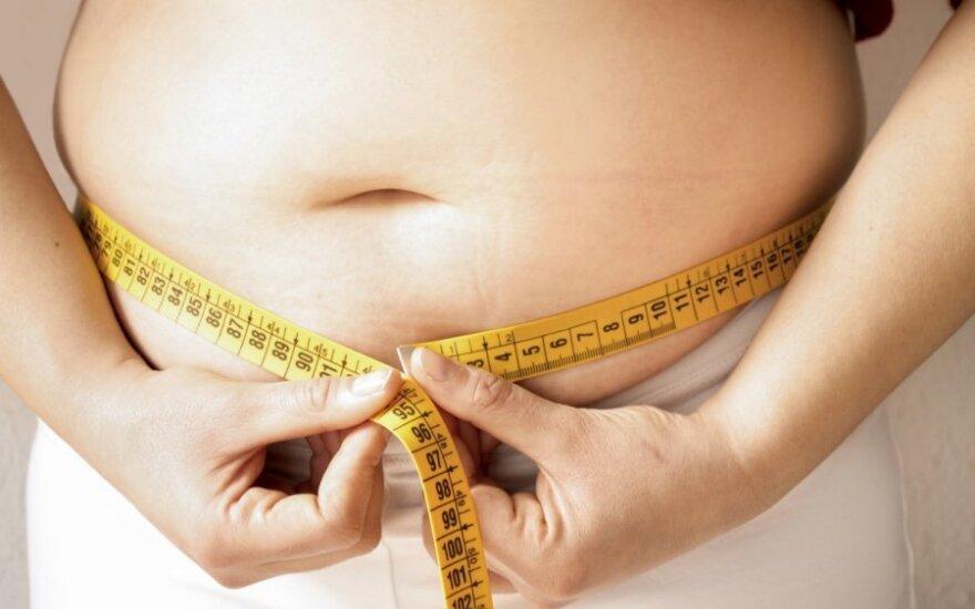 Британия хочет приравнять страдающих ожирением к алкоголикам и наркоманам