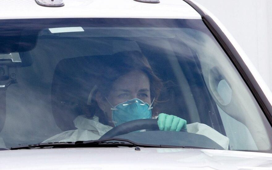 Специалист: панику относительно лихорадки Эбола поднимать не надо