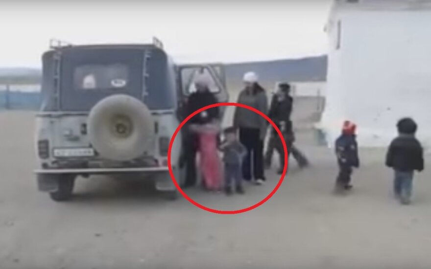 Mongolski szkolny autobus