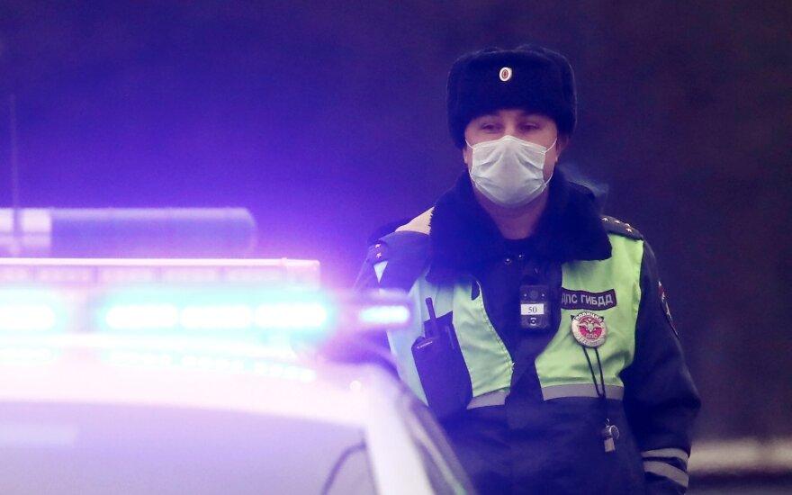 Госдума РФ утвердила введение штрафов и тюремных сроков за нарушение карантина и фейки о коронавирусе