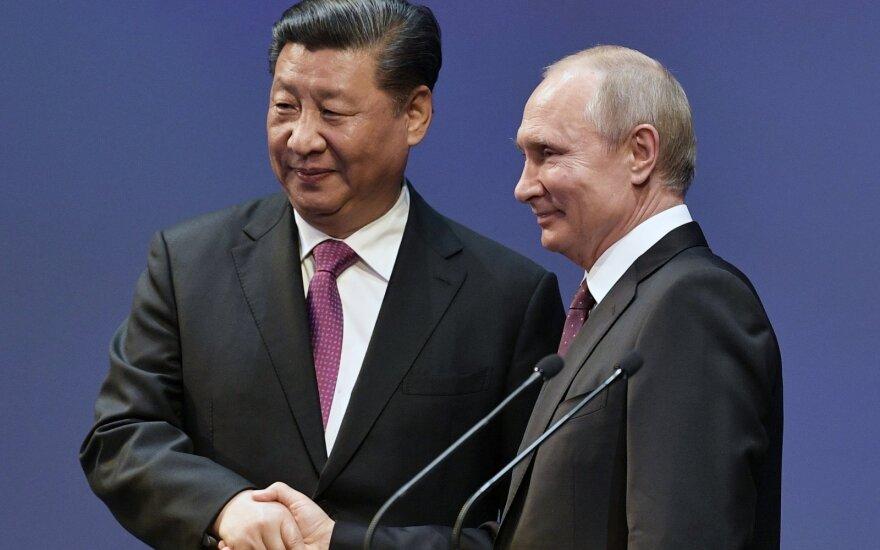 Xi Jinpingas, Vladimiras Putinas