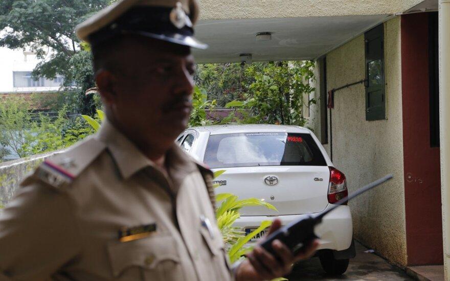 В Дели нашли повешенной семью из 11 человек