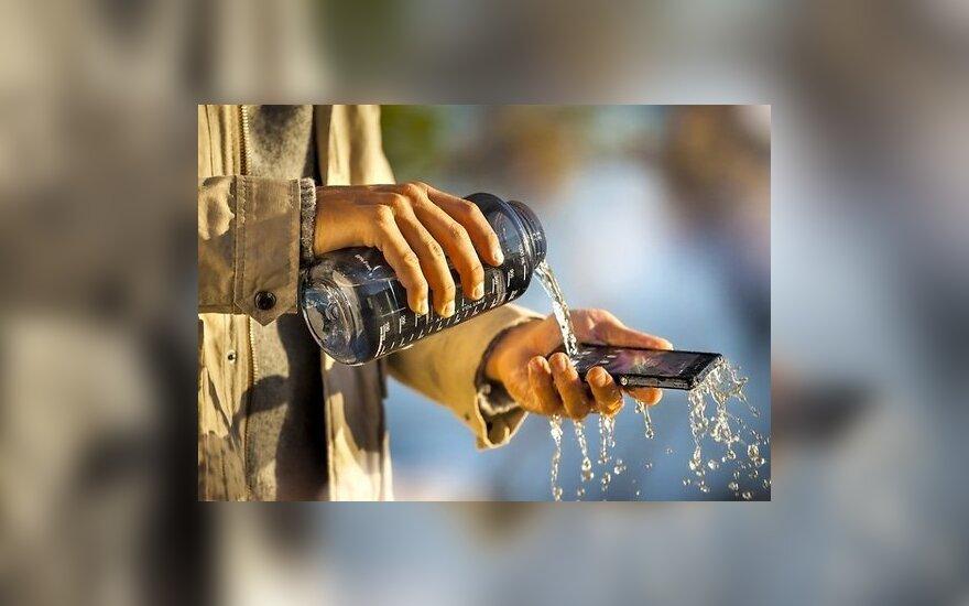 Sony показала самый большой водостойкий смартфон
