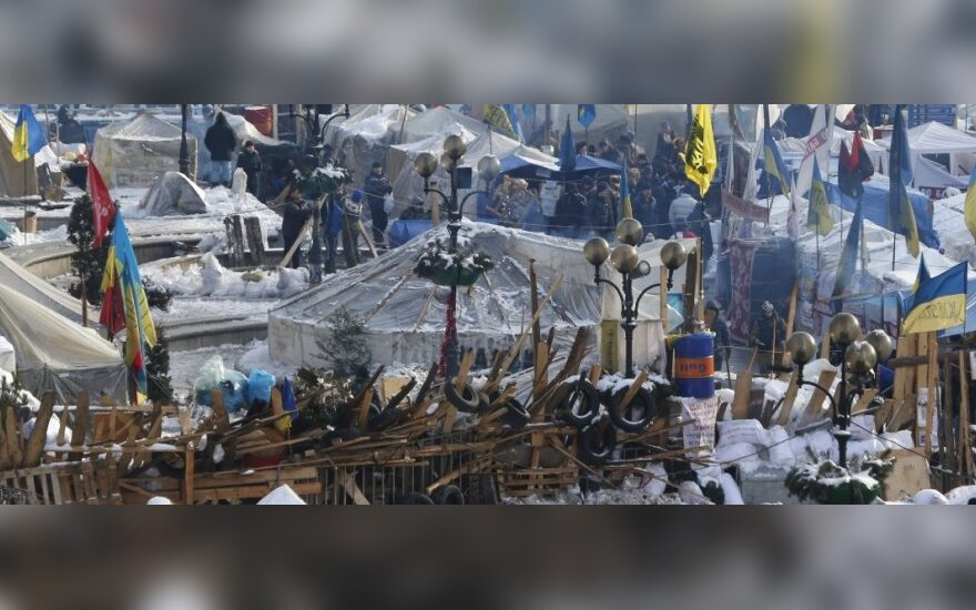 Киев: на Майдане из-за траура отменили народное вече