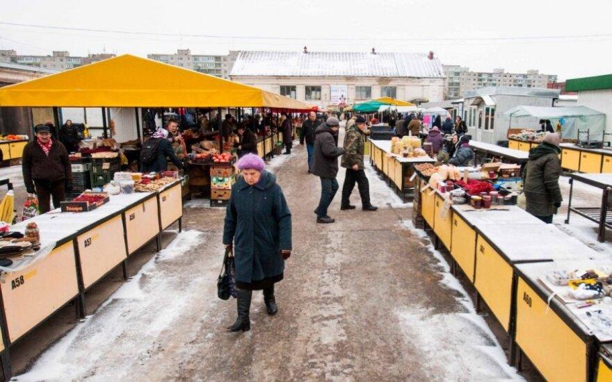 Рыночные торговцы: покупатели идут туда, где не кончаются акции