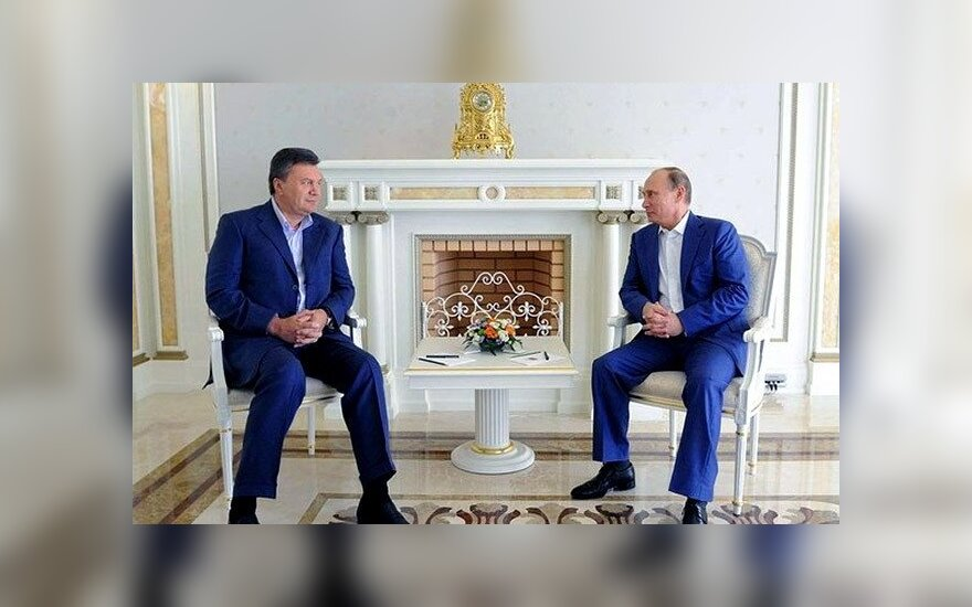 """Внезапный визит Януковича к Путину: """"острая ситуация"""" и """"неожиданные решения"""""""