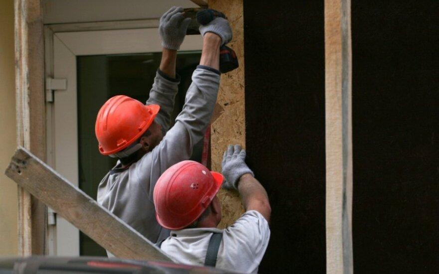 Ne vien nuo statybininkų skaičiaus priklauso renovacijos tempai