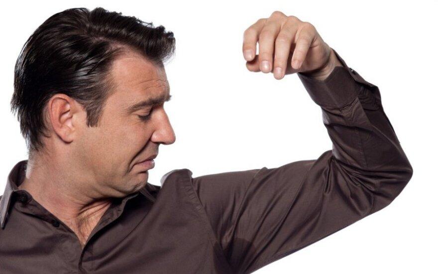 Zmarszczki i nadmierna potliwość to największe problemy estetyczne mężczyzn