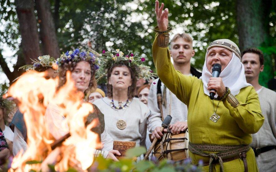 Глава непризнанных неоязычников: Сейм Литвы нарушает права человека