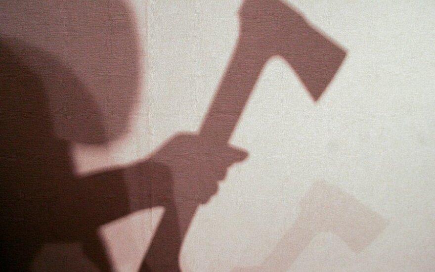 Психолог сравнил опасения литовцев с размахивающим топором соседом