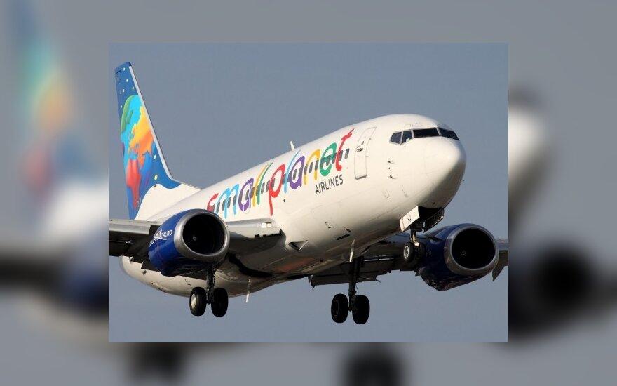 Small Planet Airlines lėktuvas