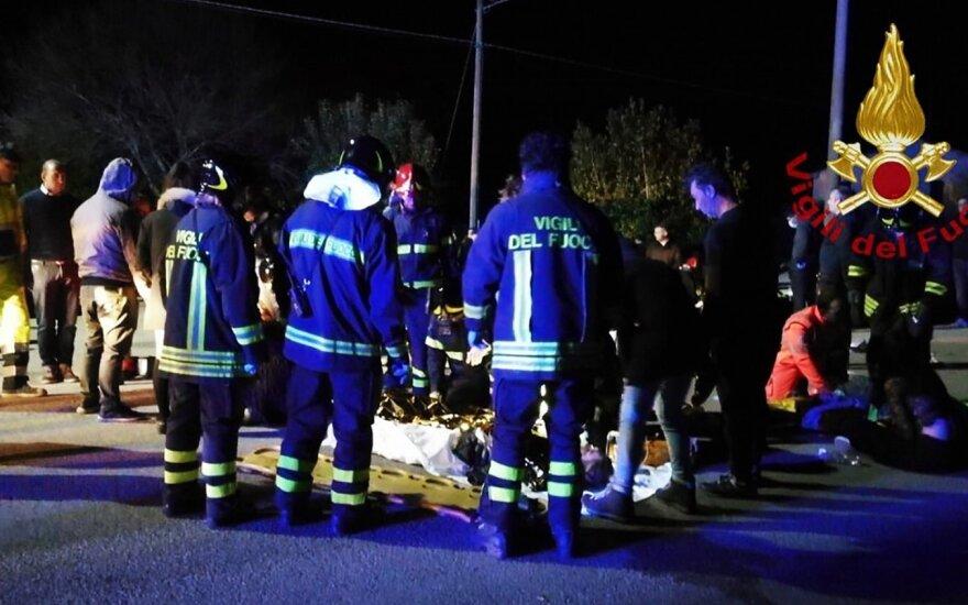 Italijoje per spūstį naktiniame klube žuvo šeši žmonės