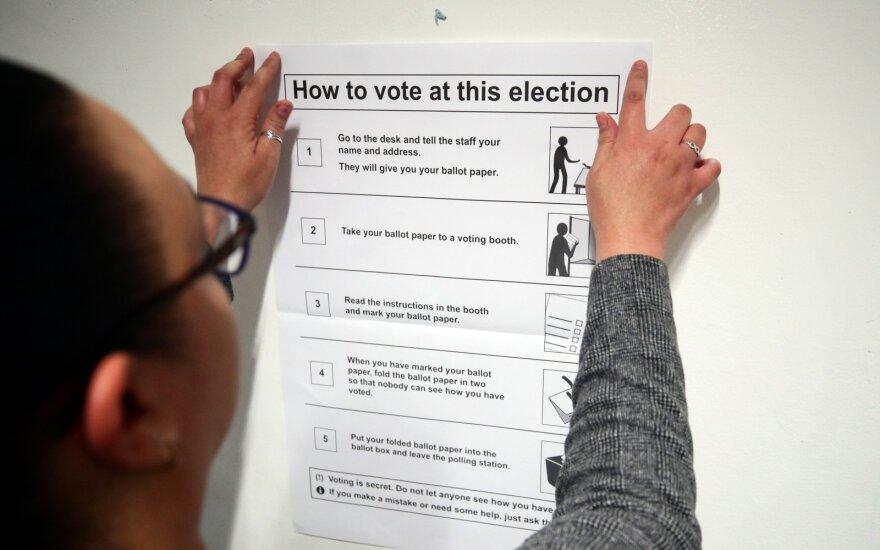 Британия голосует на досрочных выборах. В третий раз за пять лет