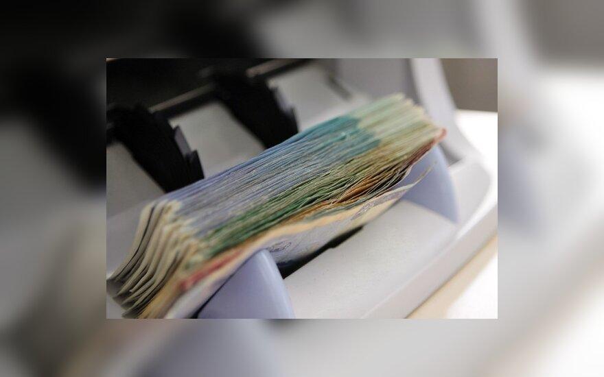 Парламент на командировки нашел еще 200 000 литов