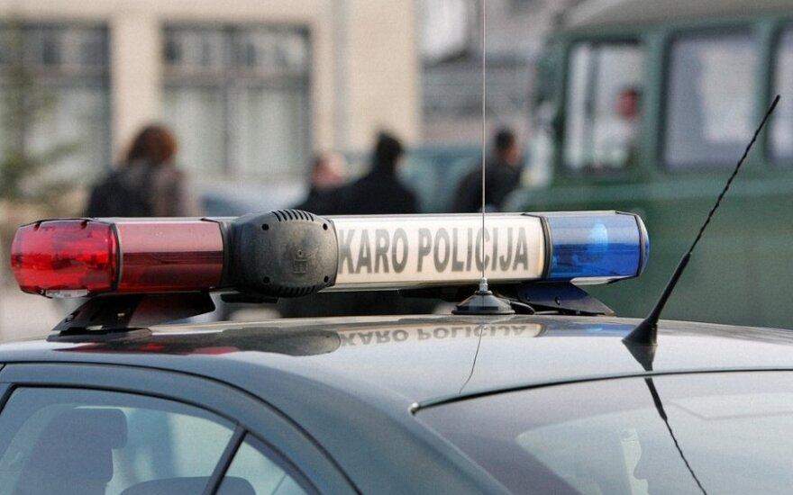 Третья авария: в Литве на внедорожнике перевернулись французские военные