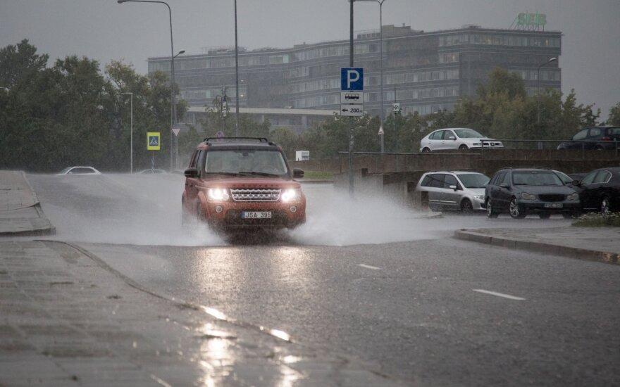 В Литве с самого утра будет идти сильный дождь
