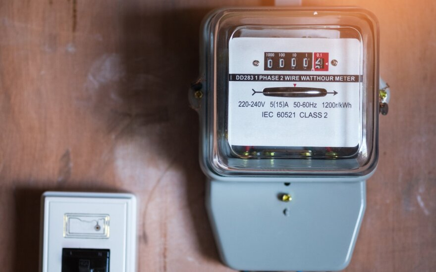 Litgrid: электроэнергия у Литве за неделю подешевела на 10,5%