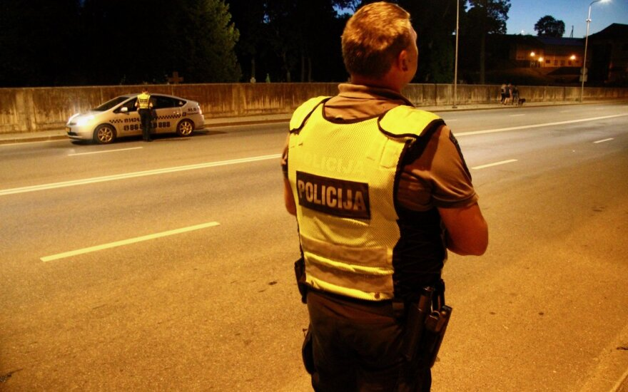 Ночной рейд в Вильнюсе удивил полицейских: штрафы получили только несколько человек