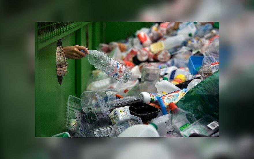 Литовская фирма обвиняется в невывозе в Латвию почти 6 тыс. тонн отходов упаковок