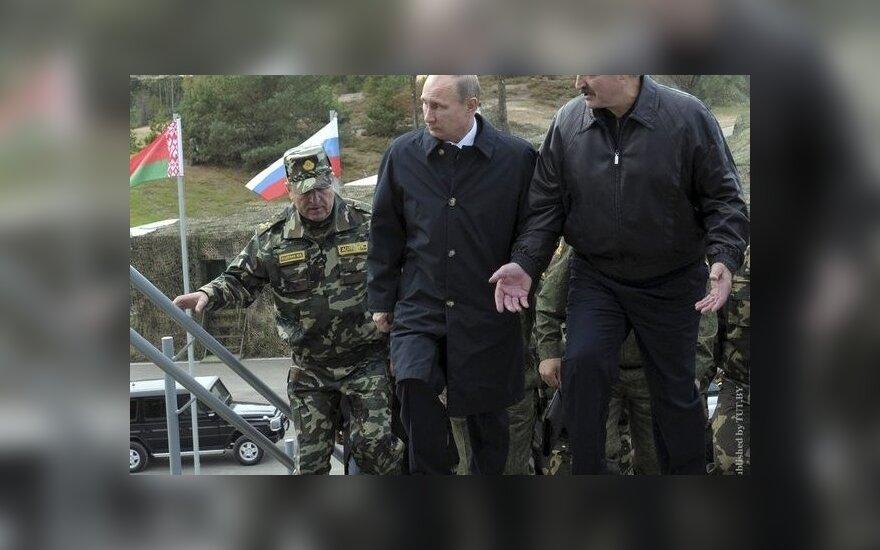 "Путин из-за ветра отменил высадку десанта на учениях ""Запад-2013"""