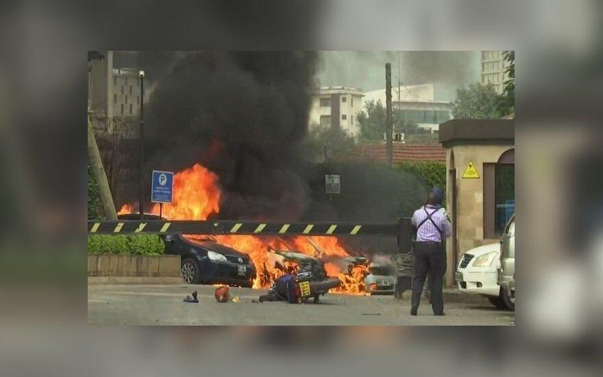 Nairobio viešbučių ir biurų komplekse nugriaudėjo sprogimas, girdimi šūviai