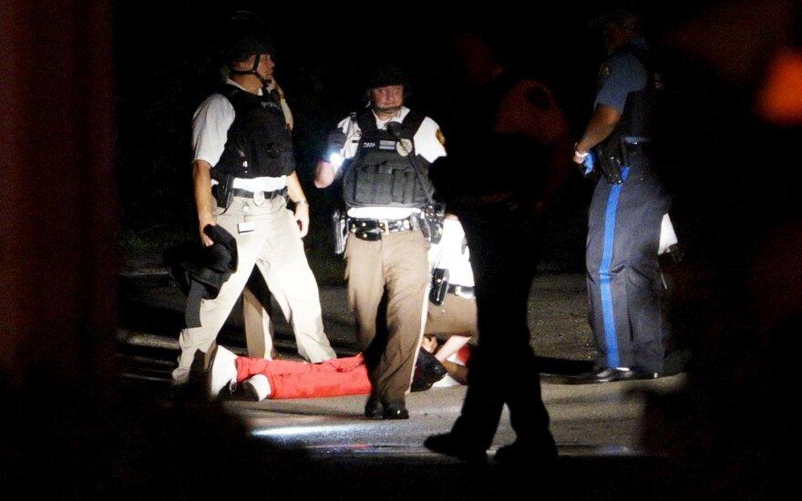 Фергюсон: раненого чернокожего обвинили в нападении на полицию