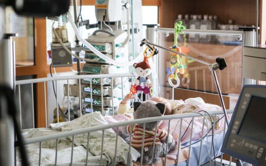 В больницу попала двухлетняя девочка с алкогольным отравлением