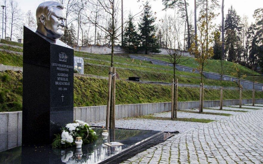 Раманаускаса-Ванагаса похоронят рядом с президентом Бразаускасом