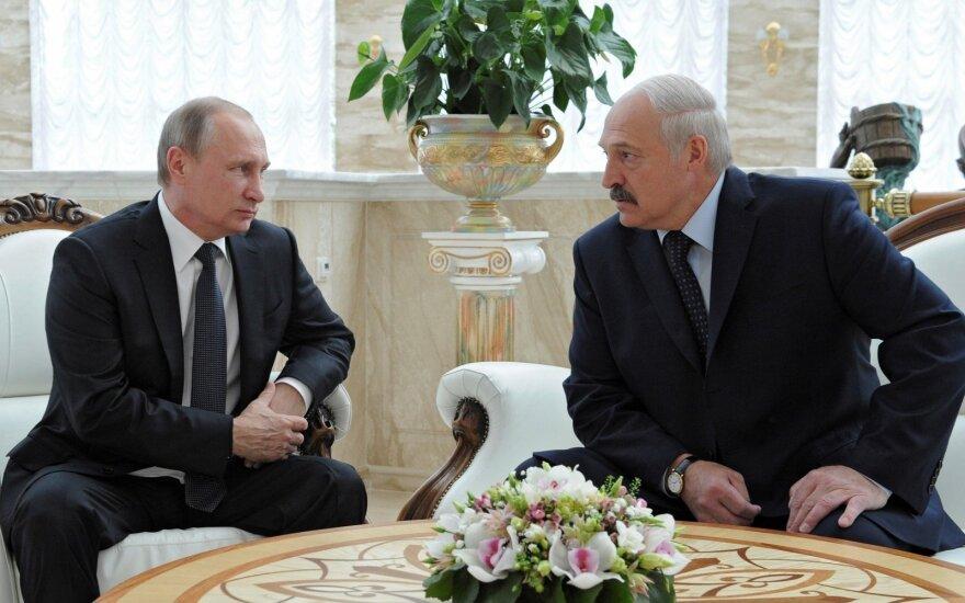 Все дороги ведут Лукашенко в Москву