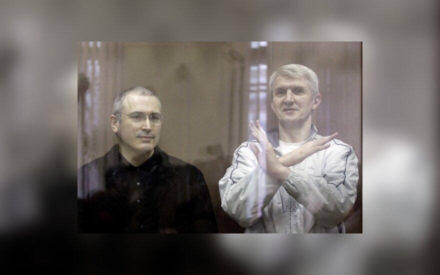 M. Chodorkovskis ir P. Lebedevas