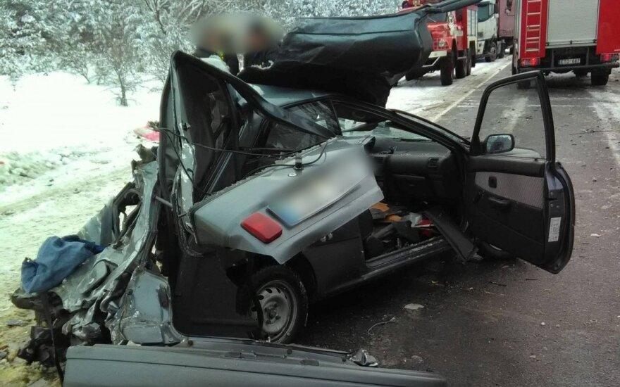 ДТП в Пренайском районе: пострадали три человека