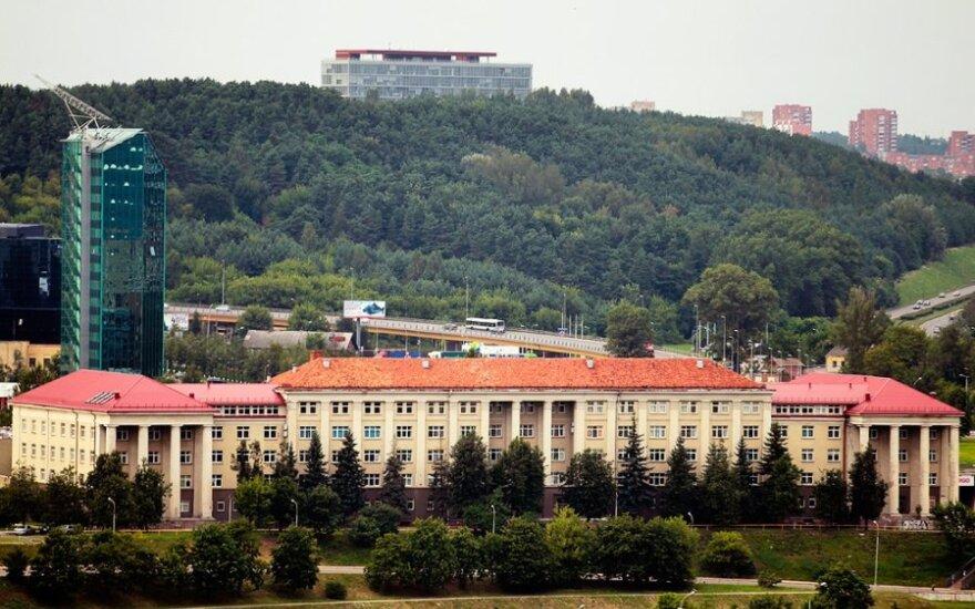Ambasada zasponsoruje stypendia dla polonistów