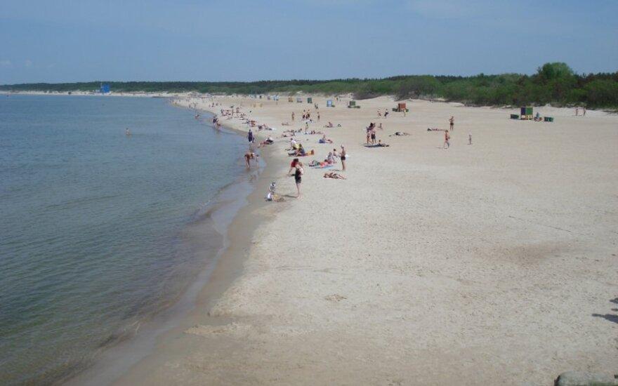 Taip dabar atrodo Palangos paplūdimys į šiaurę nuo tilto