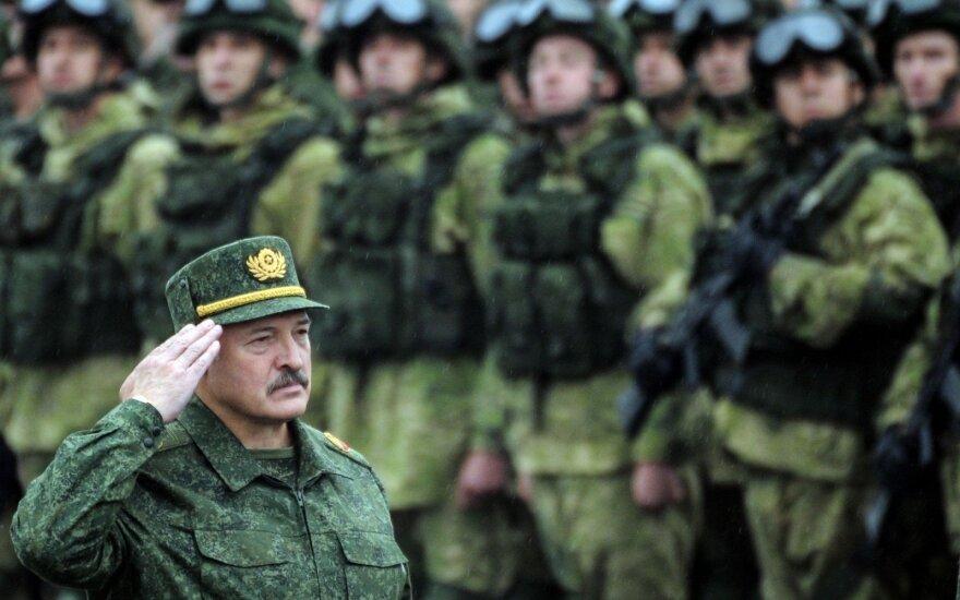Лукашенко: два российских военных объекта останутся в Беларуси на бесплатной основе